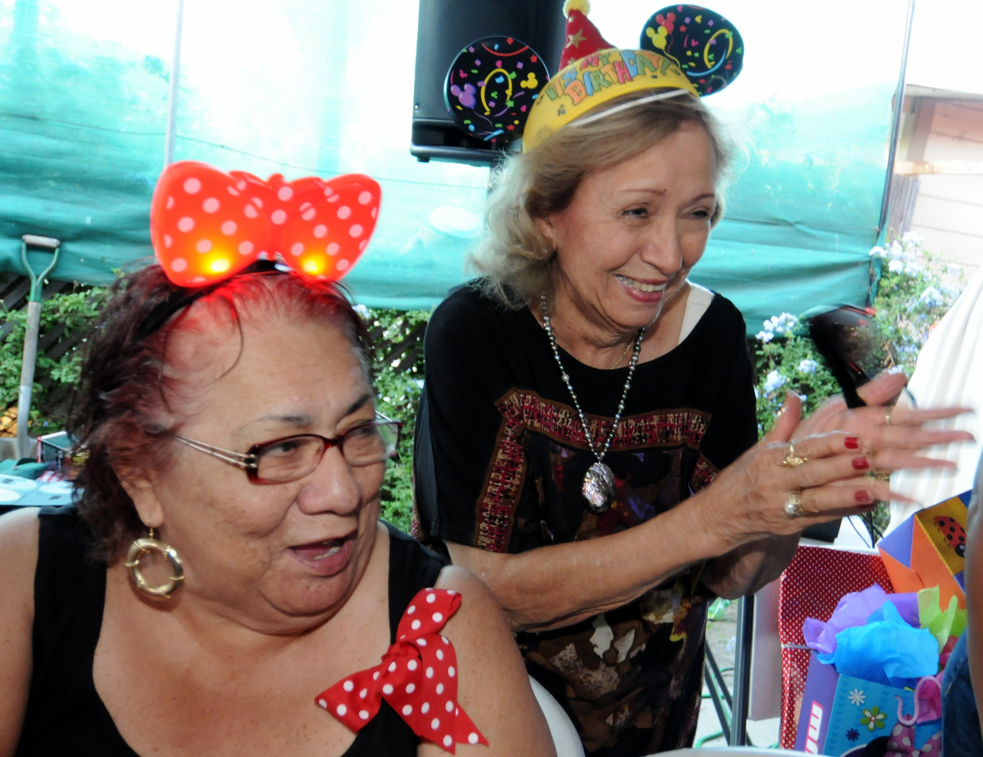 Singing at Xiomara's 2nd birthday party on 11 August 2013